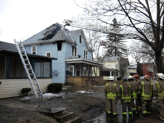 Fire damages La Crosse duplex