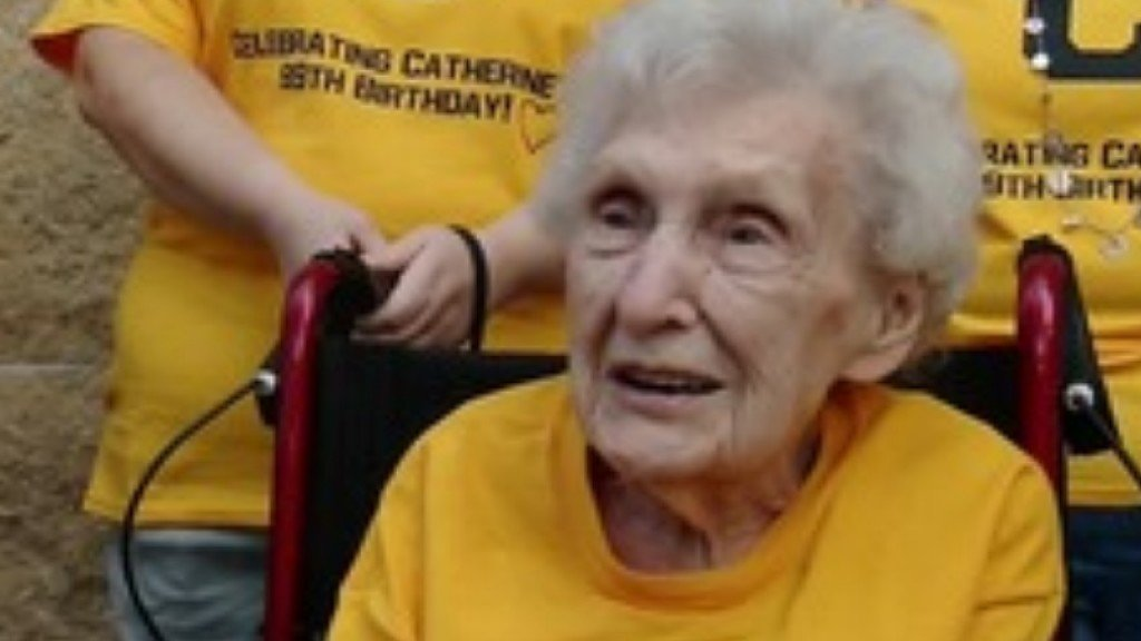 Family surprises 99-year-old Pirates fan with first ballgame ever