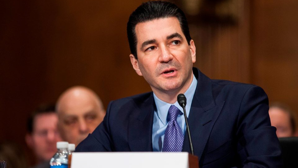 FDA Commissioner Gottlieb announces resignation