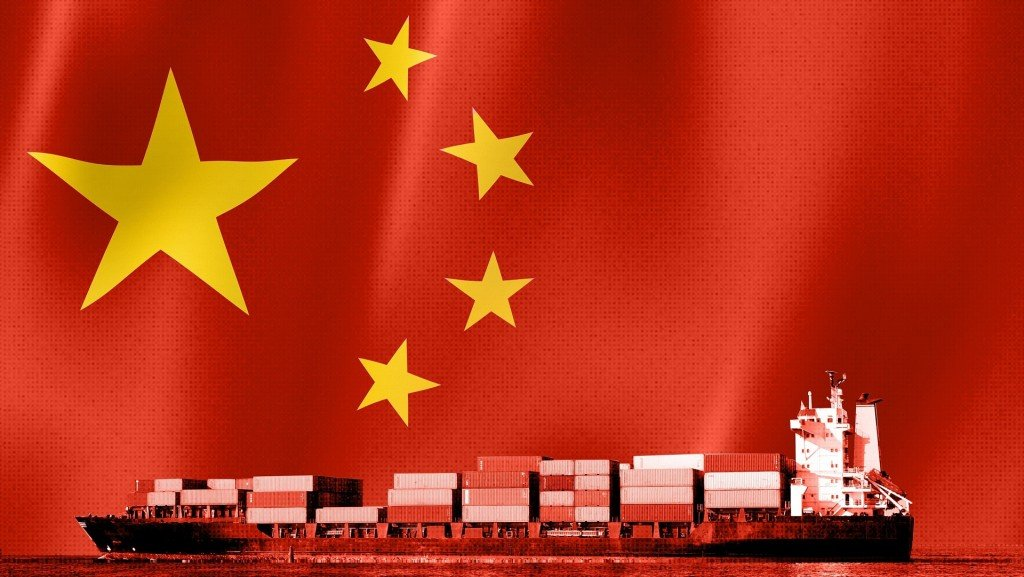 China's 21% plunge in exports shows weakening global economy
