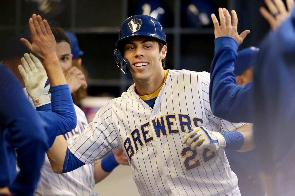 Yelich homers twice, Brewers beat Dodgers 5-0