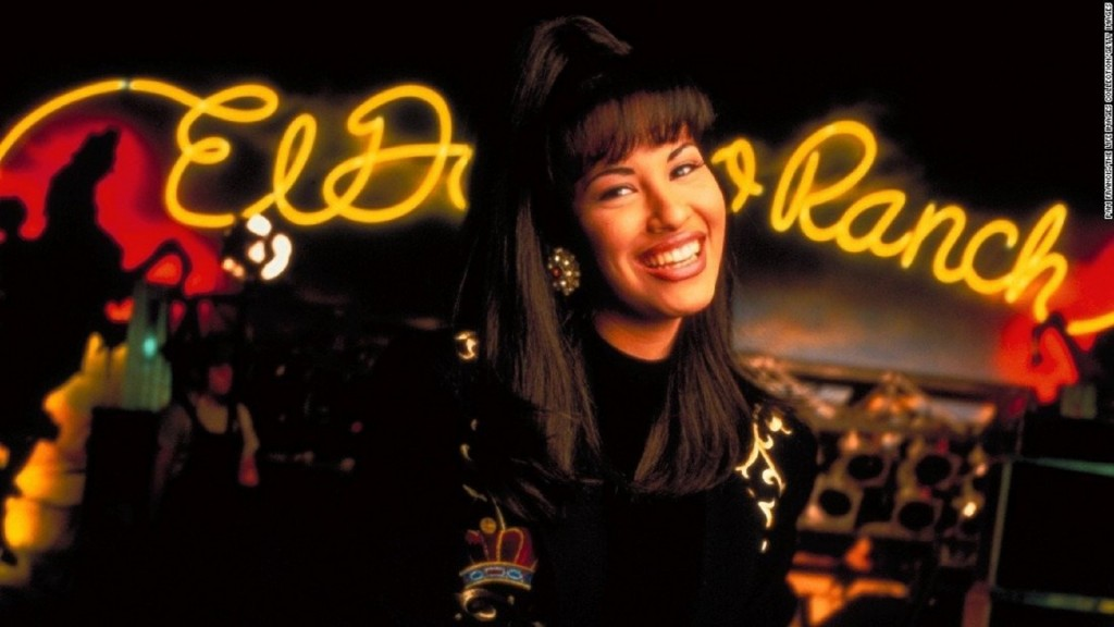 San Diego professor offering class on Tejano singer Selena