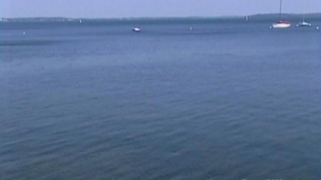 Sonar scans help divers target Lake Erie plane crash search