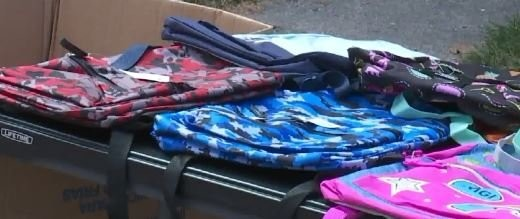 Michigan mom gives out over 200 backpacks
