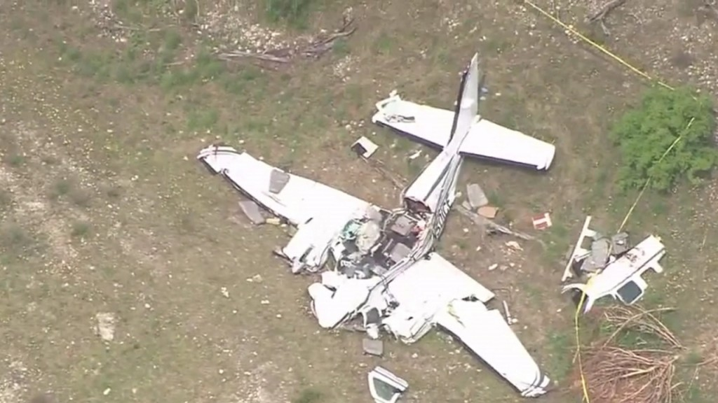 Victims of Texas plane crash identified