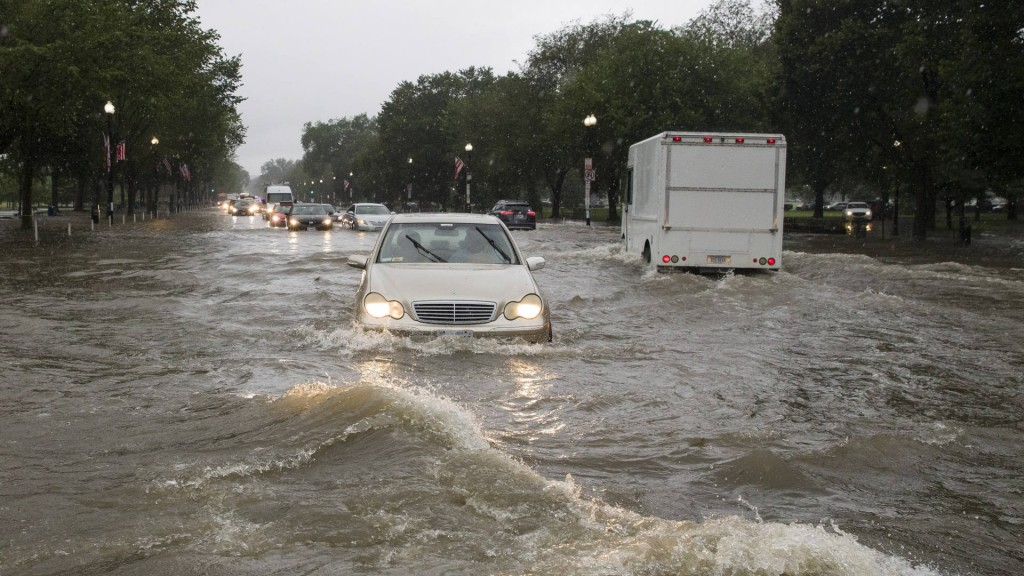 DC area gets nearly month's worth of rain in an hour