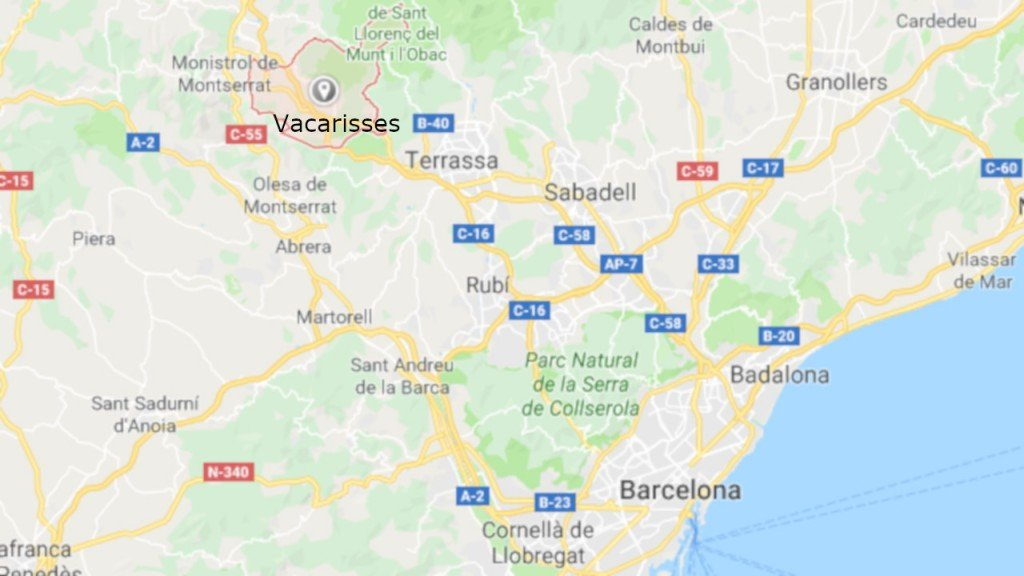 Barcelona commuter train derails, at least one dead