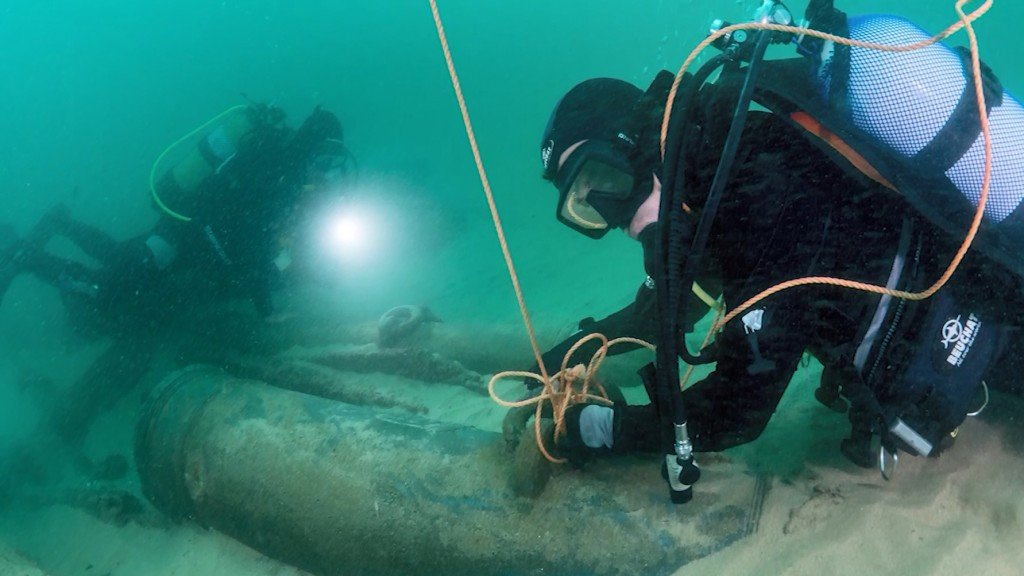 'X-ray gun' used to study 800-year-old shipwreck