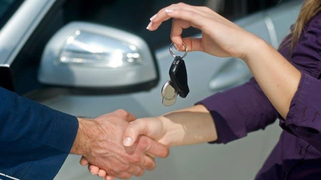 The great car debate: To buy or to lease?