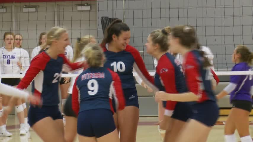 College Volleyball – Viterbo 3, Taylor 0