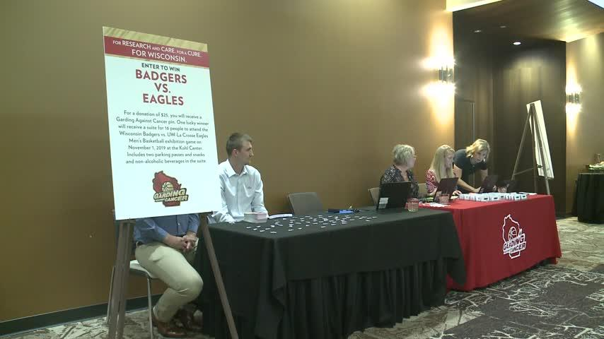 Badgers Basketball Head Coach, Greg Gard, visits La Crosse to raise funds for local Cancer patients