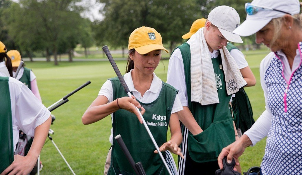 How caddying is helping US students pay their way through college