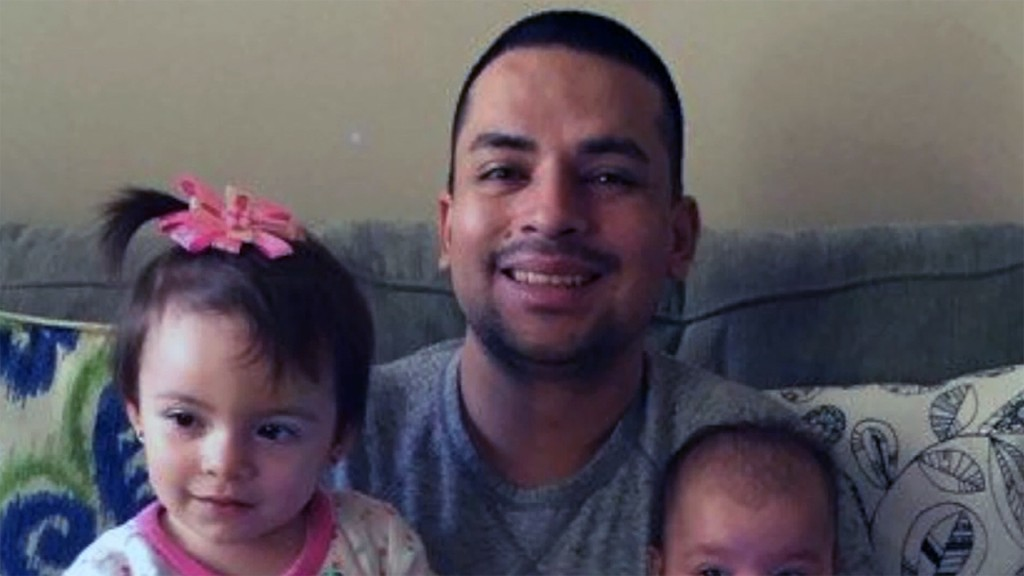 NYC pizza delivery man's deportation delayed