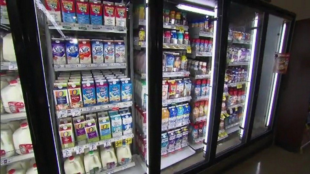 New guidelines: Most young children shouldn't drink plant-based milk