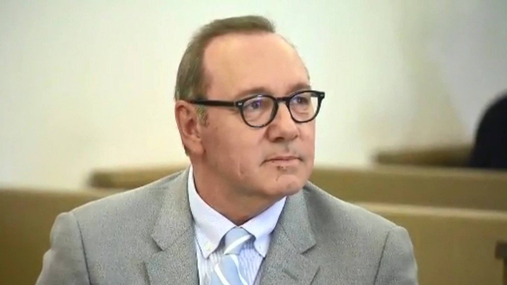 Kevin Spacey sued over alleged groping of a busboy