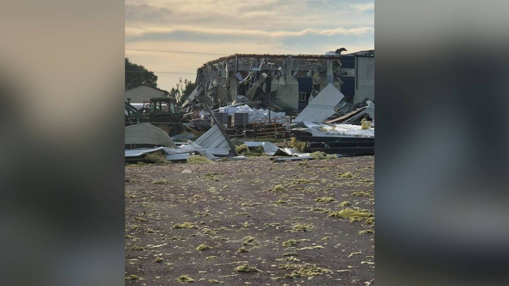 South Dakota town cleaning up after destructive storm