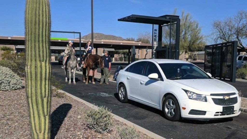 Girl on horse denied drink at Starbucks drive-thru