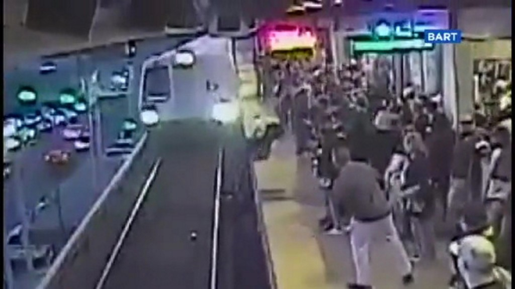 California transit worker rescues man from oncoming train