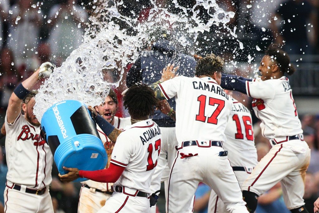 Freeman's HR lifts Braves to 4-3 win over Brewers in 10th