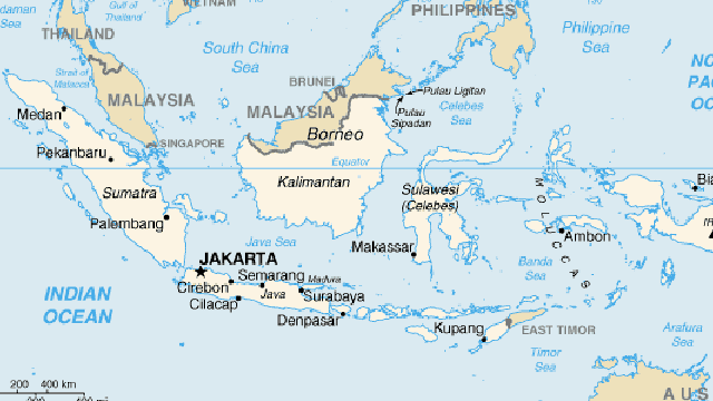 Indonesia earthquake, tsunami death toll tops 400, hundreds more injured