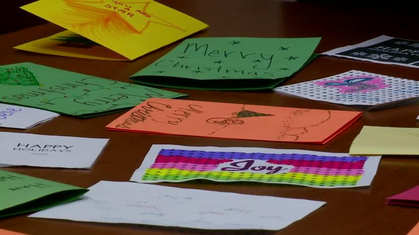 La Crosse high school students make cards for Wisconsin man with cancer