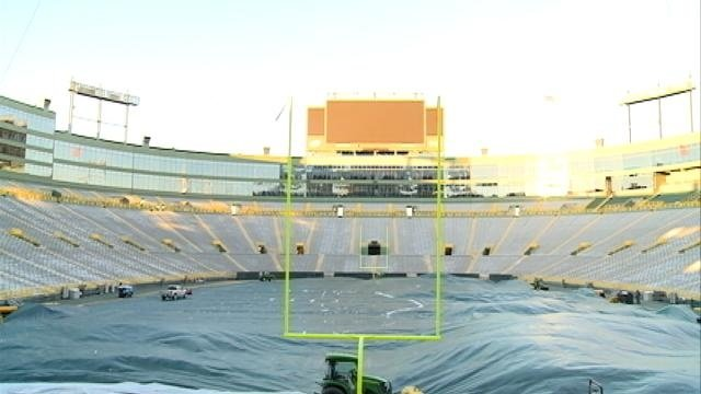 Man completes 170-mile journey to Lambeau by wheelchair