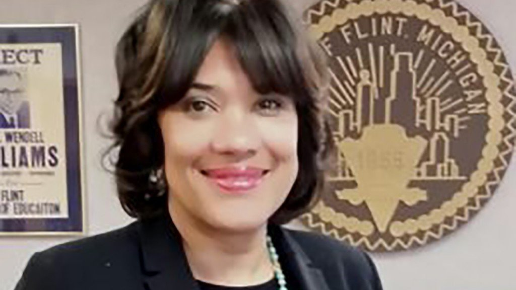 Flint Mayor Karen Weaver loses reelection bid