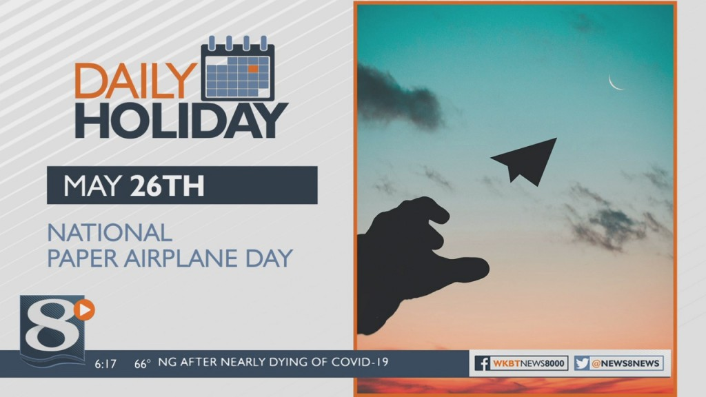 Daily Holiday National Paper Airplane Day