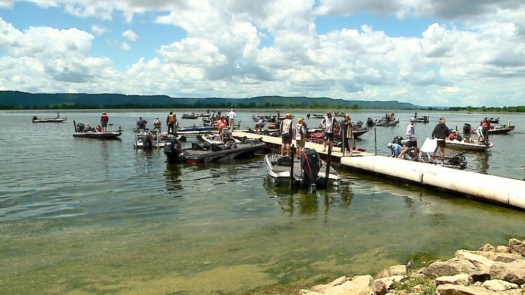 Flw Hs Fighting National Championships