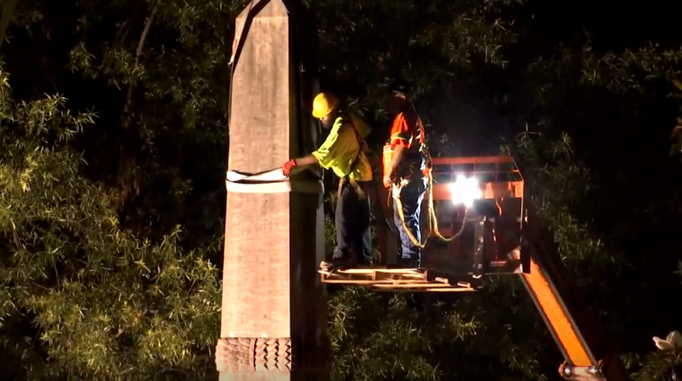 Crews remove confederate monument in Birmingham after protesters attempt removing themselves