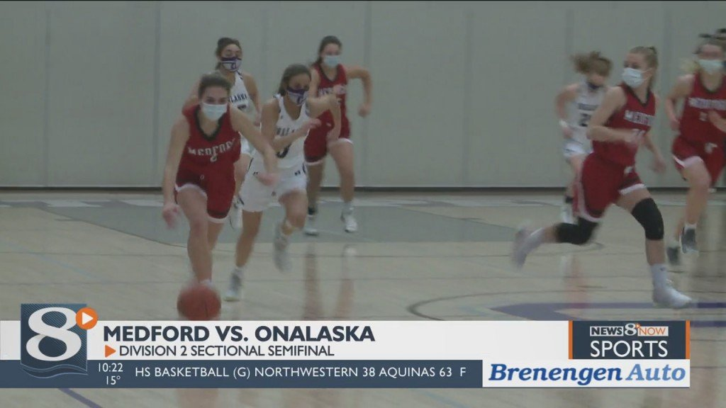 Onalaska Downs Medford, Will Face Rice Lake For Trip To State