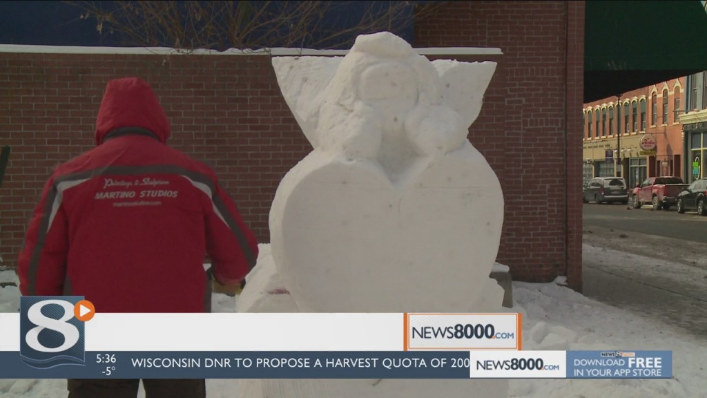 Lovefest Honored With Ice Sculpture