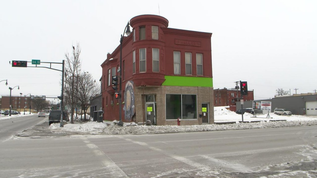 Pic 3rd Street Building Torn Down