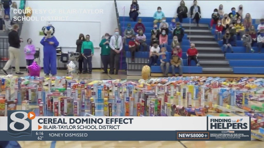 Blair Taylor Students Create 'domino Effect' With Serial, Cereal Boxes