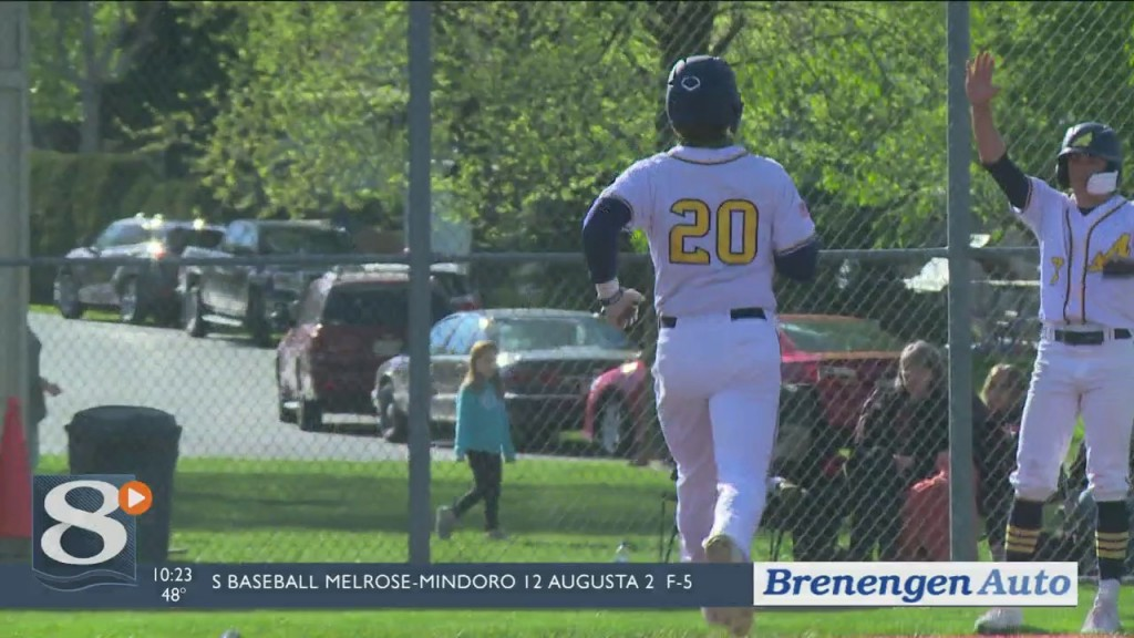 Aquinas Beats Viroqua In Walk Off Fashion