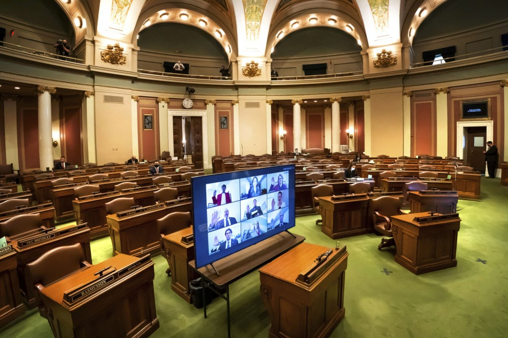Minnesota Legislature Faces Tough Budget Talks In Week Ahead