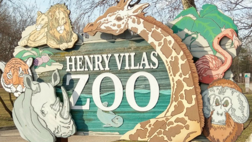 Animals At Wisconsin Zoos To Receive Covid 19 Vaccine