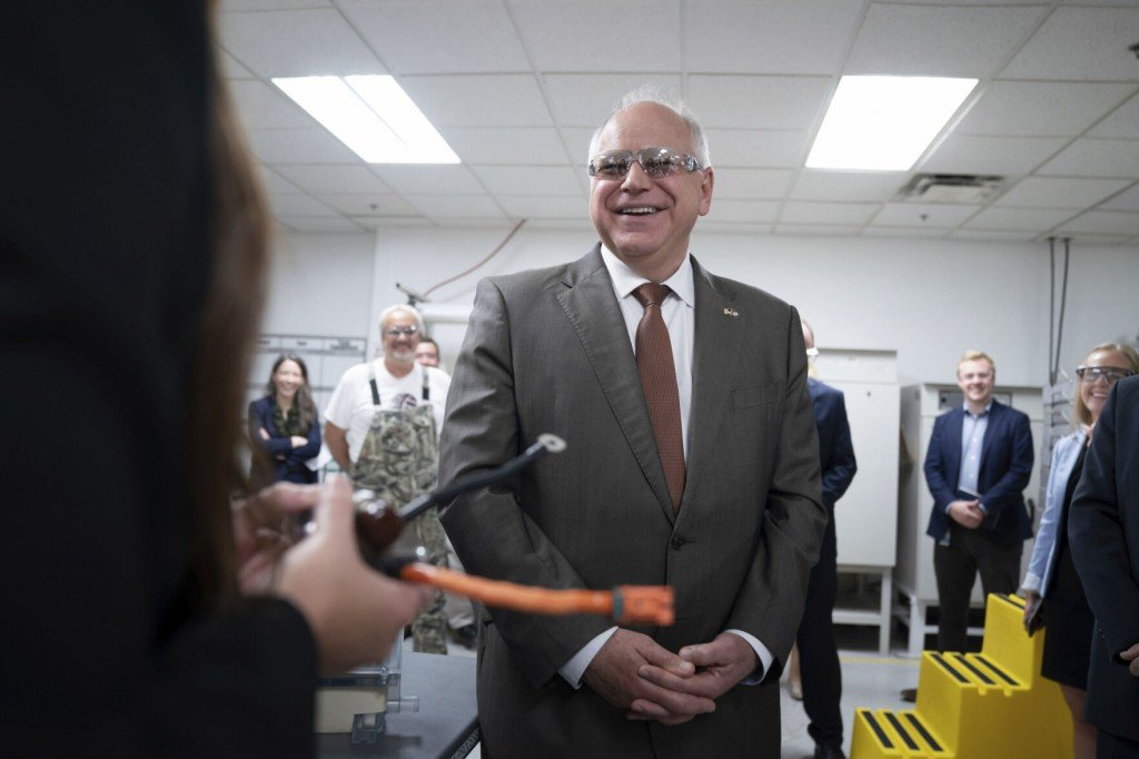 Walz Says 'clean Car' Rules Haven't Hurt In 14 Other States