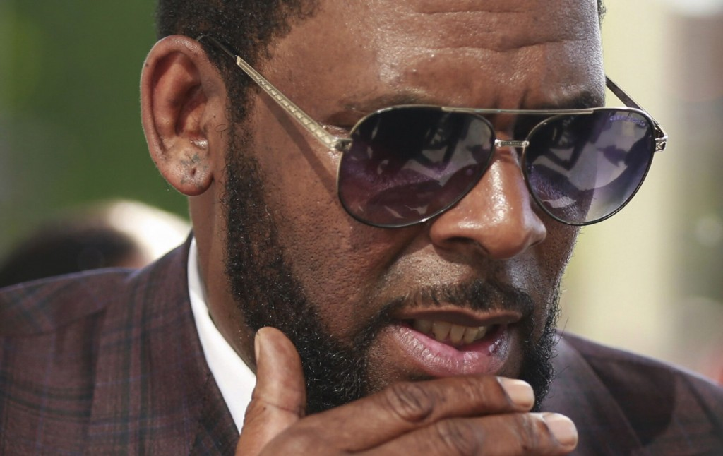 R. Kelly Lawyers: We'll Fight Bid To Add Claims To Trial