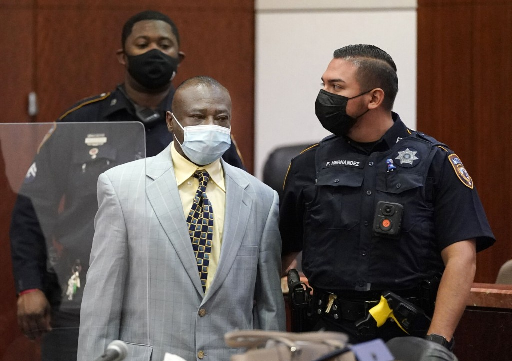Man Accused Of Killing 8 Won't Face Death Penalty In Texas