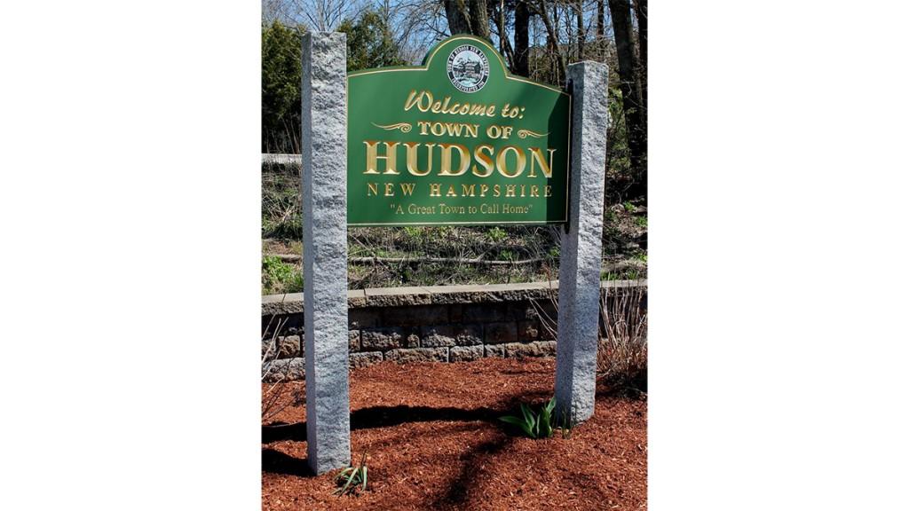Hudson Sign 1200