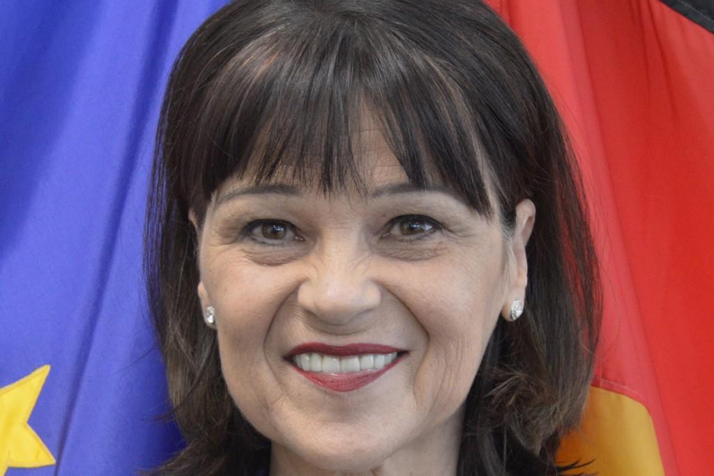 Nicole Menzenbach Square