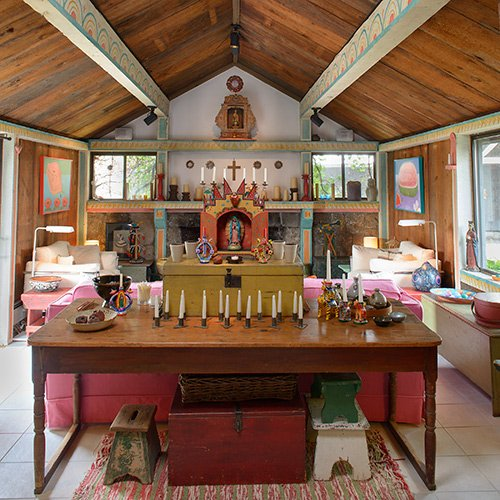 Artist and author tomie DePaola's house