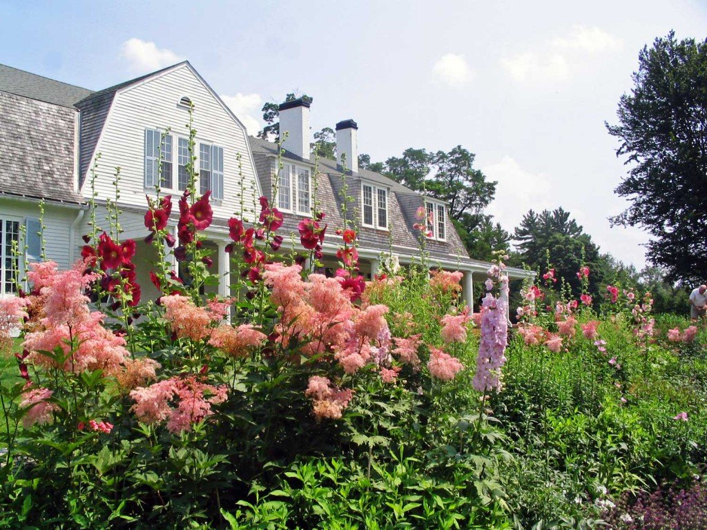 The Fells Main House In Pink