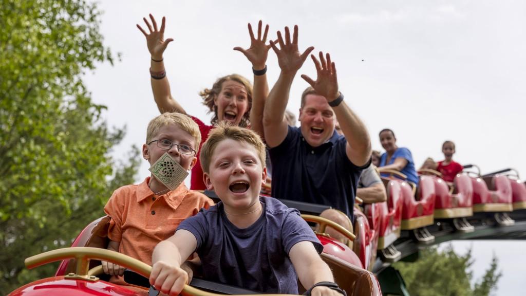 Santas Village Coaster 514