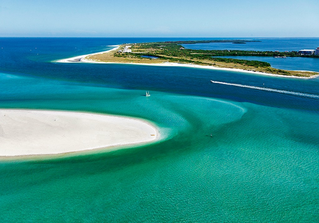 Caladesi Island State Park Honeymoon Island State Park Cr. Visitstpeteclearwater.com