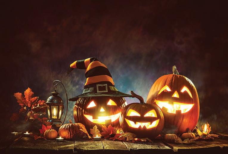 Candle,lit,halloween,pumpkins