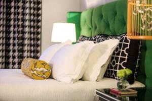 Guestroom Corner King 0529