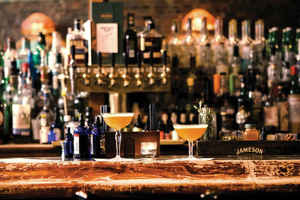 Acacia Bar Feb20
