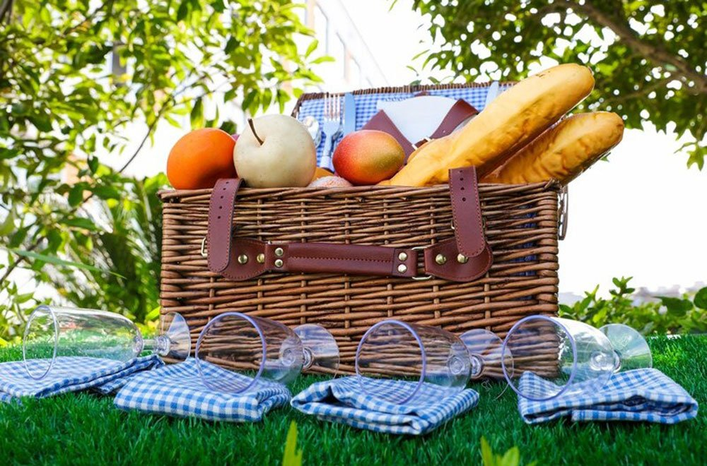 Picnic Basket Four Person